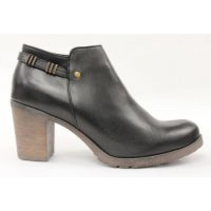 c21b6469704e Kotníkové topánky na hrubom podpätku 9561
