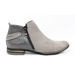 542f1dd9617c Kotníkové topánky 9410