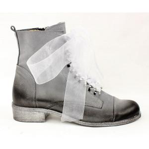 Elegantné topánky so stužkou