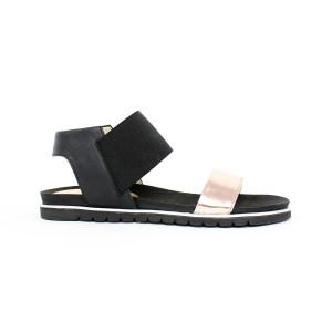 Elegantné lesklé sandále 17 10433