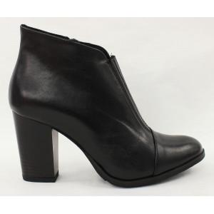 Vyteplené topánky na podpätku 6891