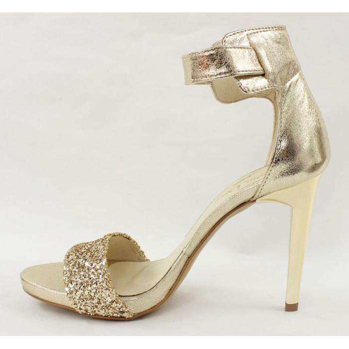 437dcefd8d79 Zlaté spoločenské topánky 7409