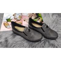 Dámska komfortná obuv v šedej farbe
